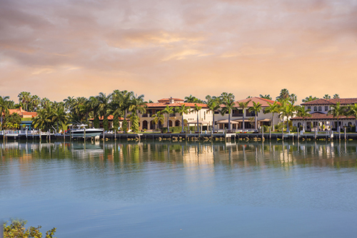 Homes along the water in Florida
